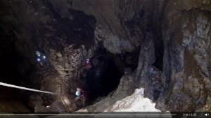 A Törpill-akna alsó fele -200m körül (képkocka-kivágat Gelegonya Gábor videójából)