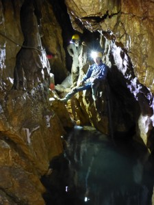 A Tó a Létrási-vizesbarlangban, amelynek szifonján még senki nem jutott át.